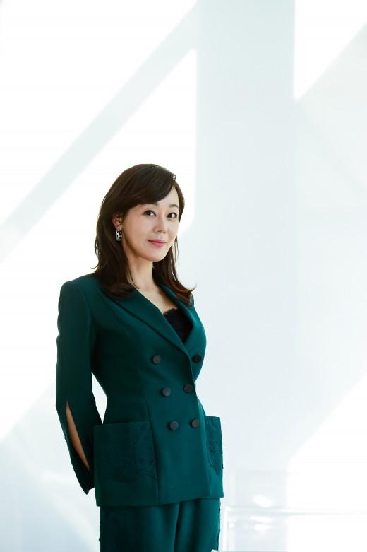 """김윤진 """"韓배우인데 TV대표작 없어 아쉬워…'미스마'가 김윤진 대표작 되길"""""""