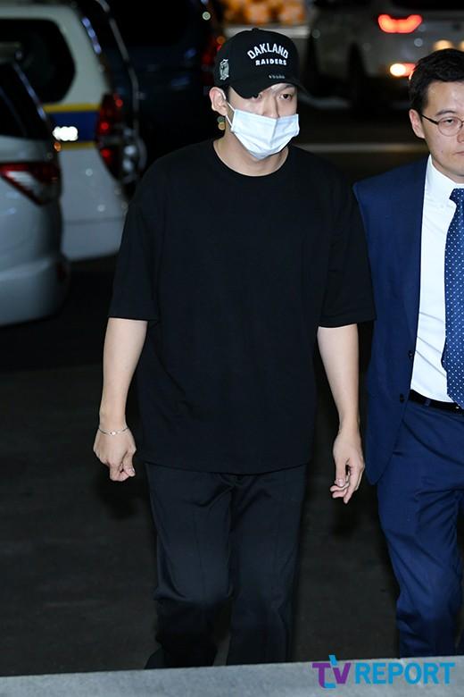 '카라' 구하라와 폭행 논란 빚은 남자친구 A씨 경찰 출석