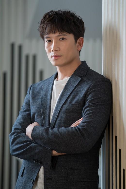 """'명당' 지성 """"촬영 끝나자마자 딸 유치원行..개인생활 없다"""""""