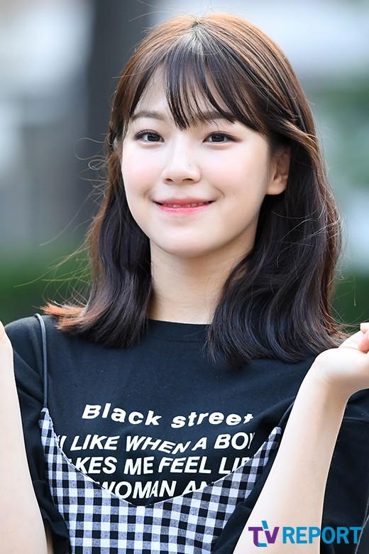 이주의 루키: 프로미스나인 백지헌