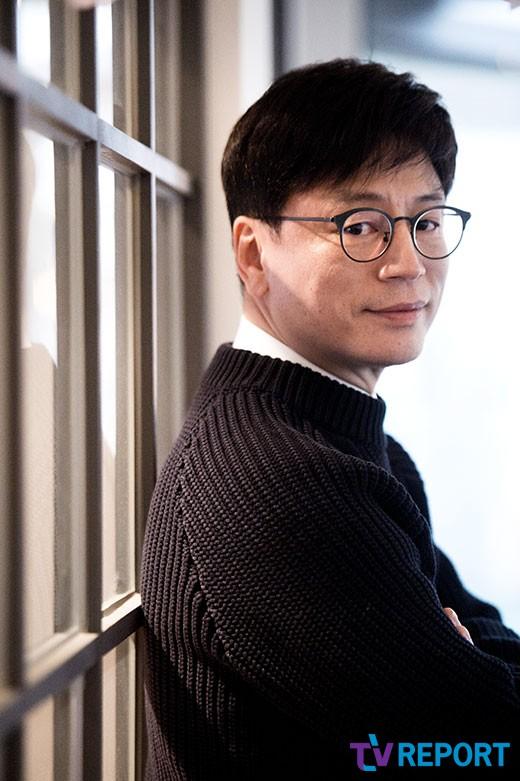 '신과함께' 김용화 감독, 아름다운예술인상 수상