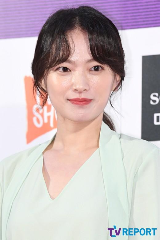 천우희 멜로영화 '버티고' 출연 확정..'러브픽션' 감독 신작