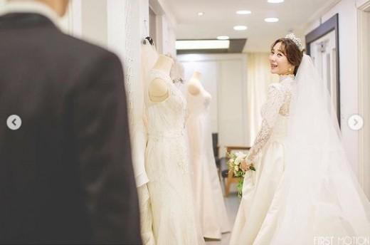 허안나, 예비 신랑과 함께한 행복한 미소_이미지3