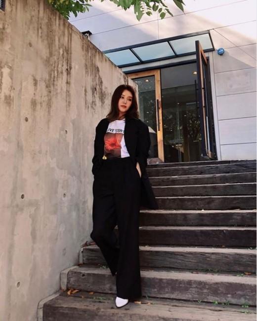 """""""오늘도 리즈"""" 채정안, 모델 같은 미모"""