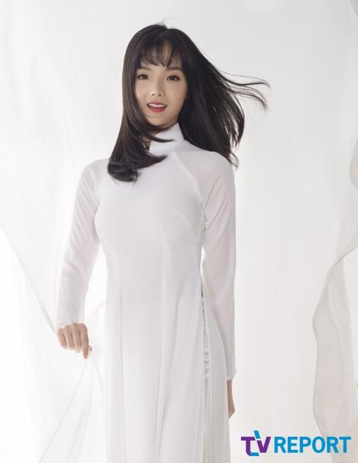 '베트남 응원녀' 세레나판, 인형같은 비주얼