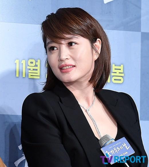 """'국가부도의날' 김혜수 """"소신+뜨거운 심장, 주인공에 끌려"""""""