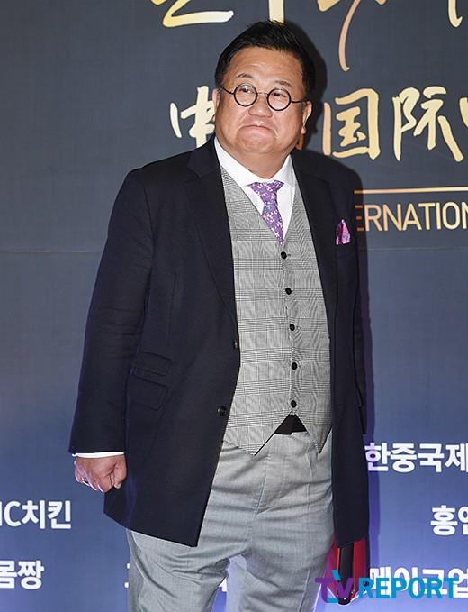 """개그맨 이용식 """"망막혈관폐쇄 진단, 한쪽 눈 실명"""" 충격 고백"""