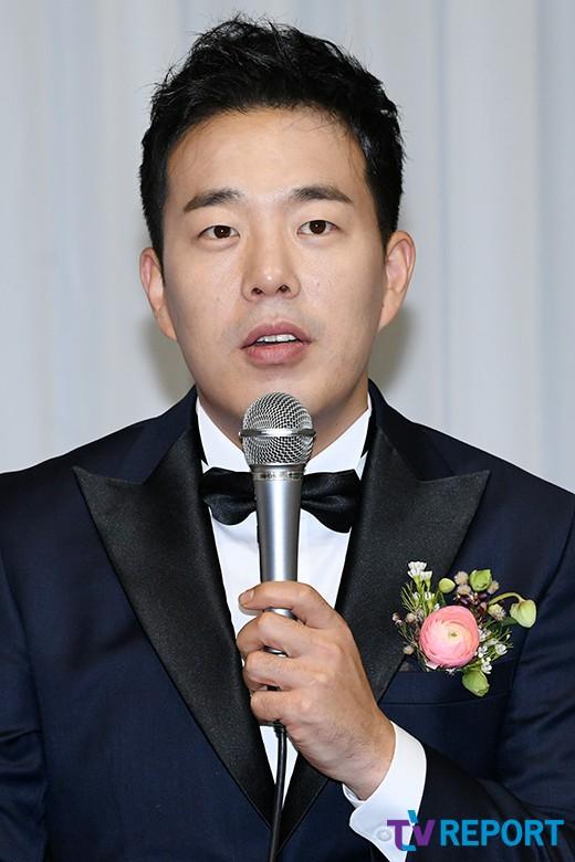 """김민기 """"예쁜 윤화야 결혼해줘서 고마워"""""""