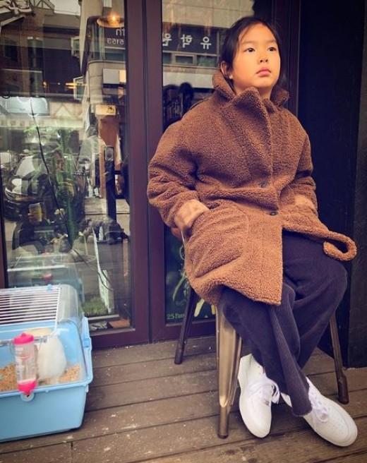 타블로♥강혜정 딸 하루, 엄마·아빠의 붕어빵 딸 '폭풍성장 근황'