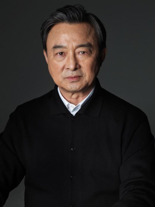 '이청아 아버지' 이승철, tvN '아모르파티' 출연…황혼 청춘 찾는다