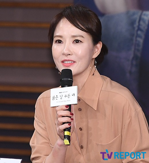 """'붉은달 푸른해' 김선아 """"전작 흥행…부담 심하지는 않다"""""""
