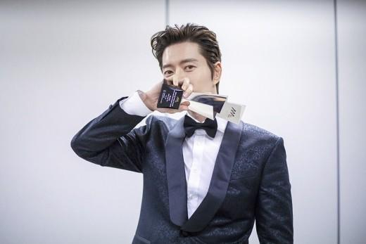 """박해진, 2018 AAA 아시아 에코 크리에이터상 수상 """"팬들께 감사""""_이미지2"""