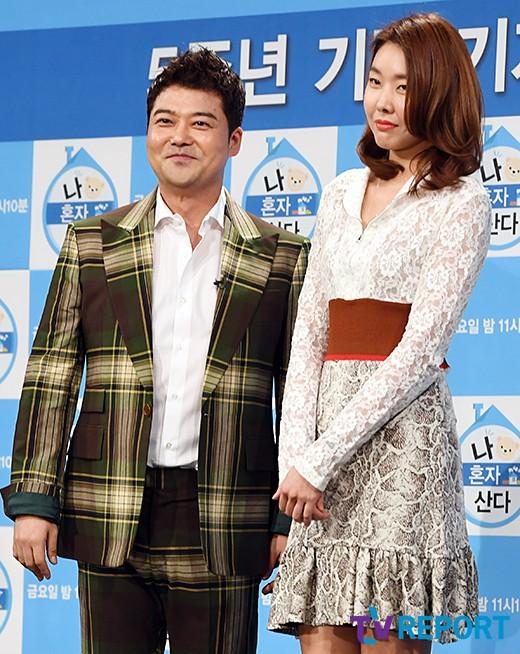 '공개연인' 전현무·한혜진, '나혼자산다' 직후 불거진 결별설