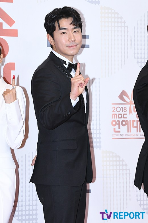 """""""악플→영화 주연""""…'나혼자산다' 이시언, 한달 공백 후 컴백할 대배우"""