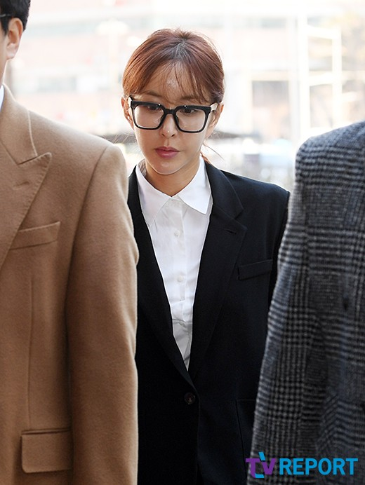"""슈, 상습도박으로 징역 1년 실형 구형…""""S.E.S 바다·유진에 미안"""" _이미지2"""