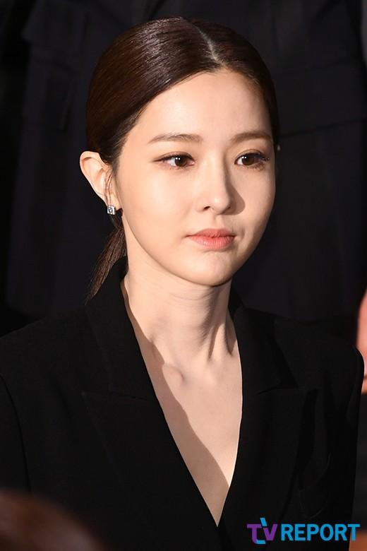 """'아이템' 김유리 """"차도녀 역할…감독님과 신뢰로 출연 결정"""""""