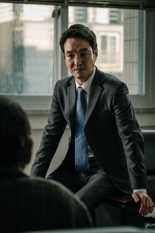 """'우상' 한석규 """"나를 적나라하게 발가벗겨 주는 무대"""""""