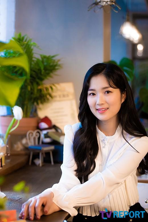 예서의 라디오 나들이…김혜윤, 내일(22일) '철파엠'에서 만나요