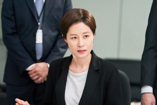 '배심원들' 문소리 이번엔 판사다..韓최초 국민참여재판 재판장_이미지