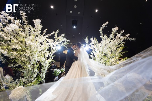 배우 이도아, 시집가는 날…결혼 본식 공개 _이미지3
