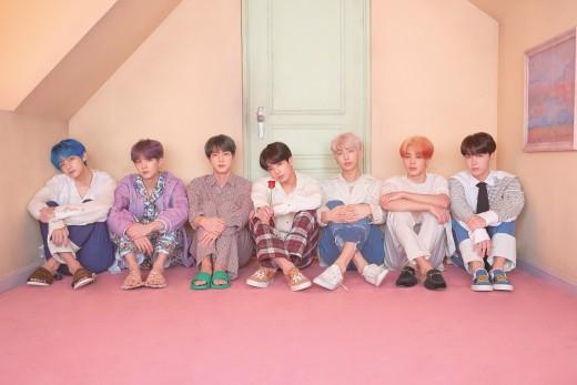 방탄소년단, 美 '빌보드 200' 7위…3주 연속 TOP 10 대기록