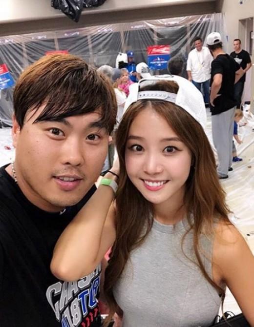 '류현진♥' 배지현 아나, 직관 응원까지…결혼 2년차 내조의 여왕_이미지
