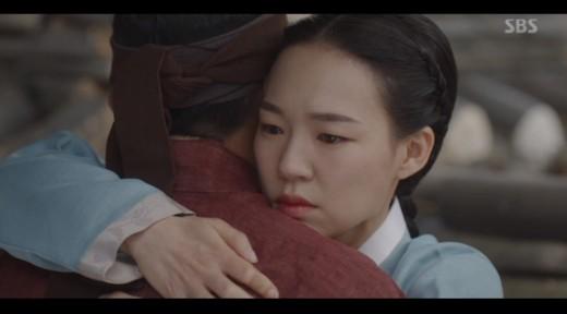 '녹두꽃' 한예리, 현실의 벽에 부딪힌 '애절한 사랑'