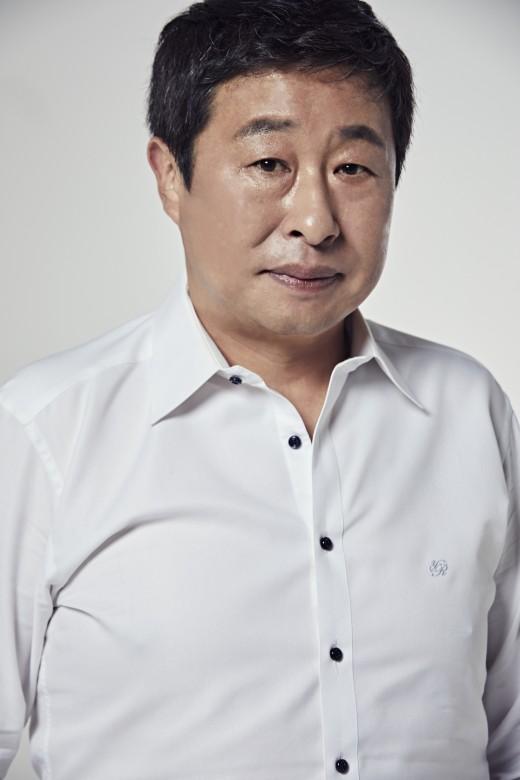 '저스티스' 이대연, 연극 '히스토리 보이즈'로 무대 복귀
