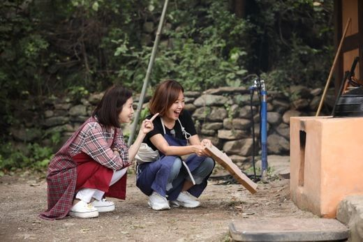 '백종원♥' 소유진, 전인화 이웃 됐다…가마솥 손두부 도전