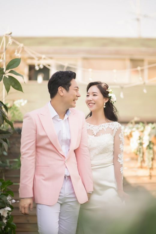 개그맨 김진, 장가가는 날...오늘 CCM 밴드 멤버 표신애 씨와 결혼 _이미지3