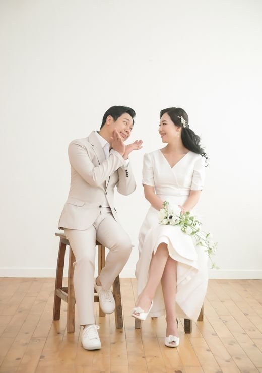 개그맨 김진, 장가가는 날...오늘 CCM 밴드 멤버 표신애 씨와 결혼 _이미지2