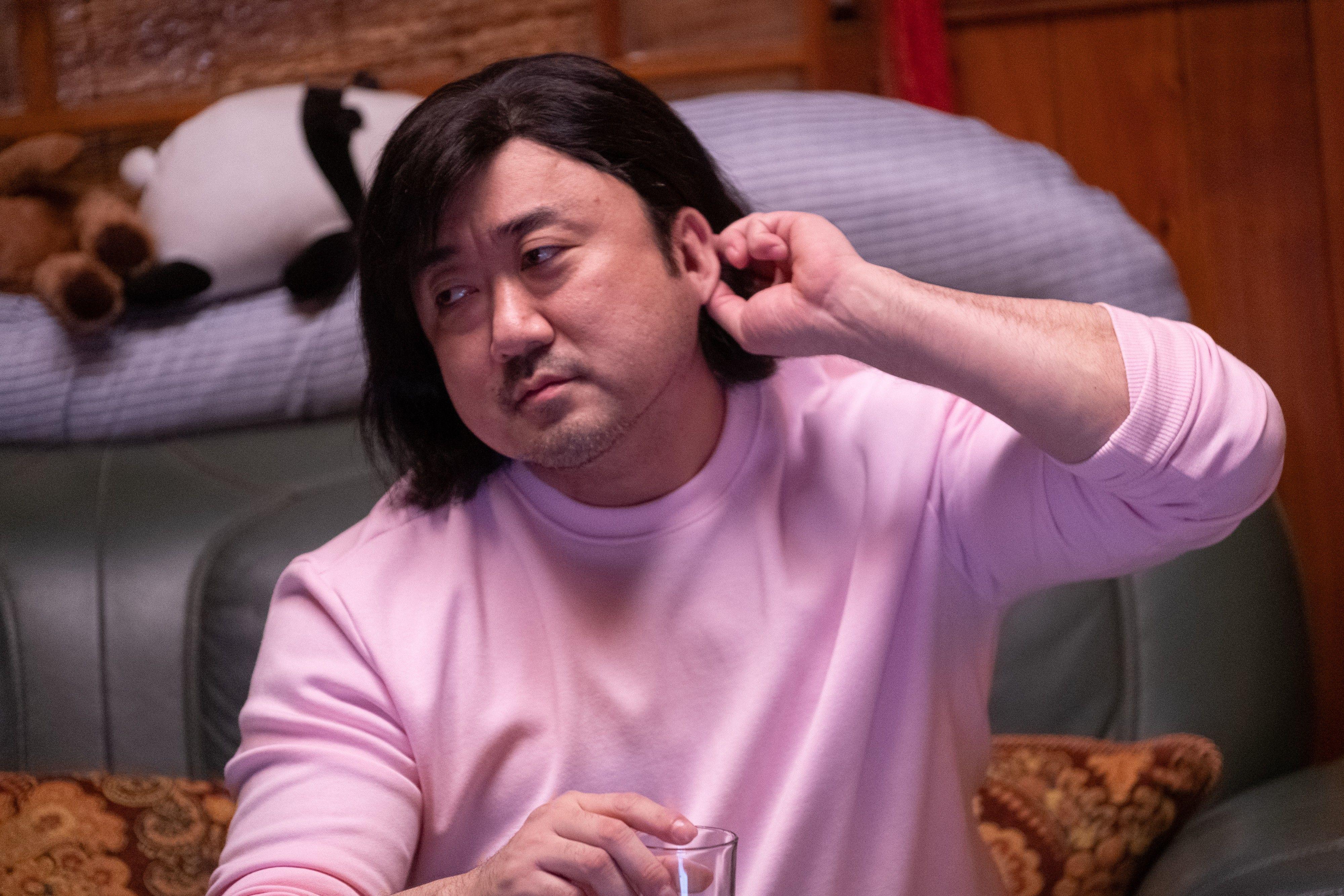 '시동' 마동석 핑크 맨투맨에 단발머리라니..상상초월 비주얼