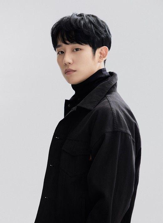 """'시동' 정해인 """"졸업앨범 빨간안경 창피..어중간한 학생이었다"""""""