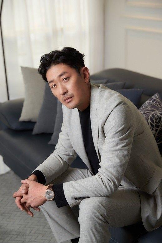 """'백두산' 하정우 """"부동산 기사, 당혹스럽고 안타깝다"""""""