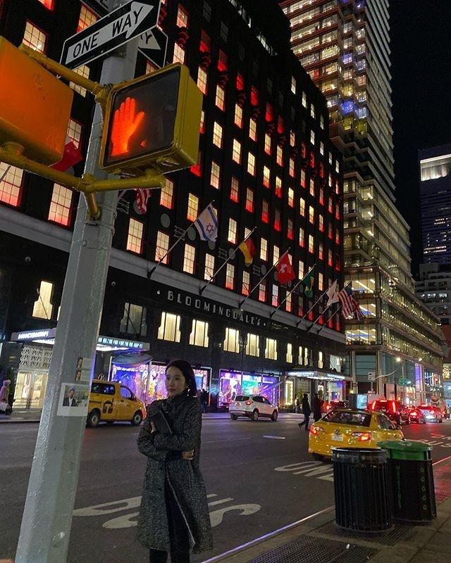핑클 이진이 전한 겨울 뉴욕의 멋_이미지