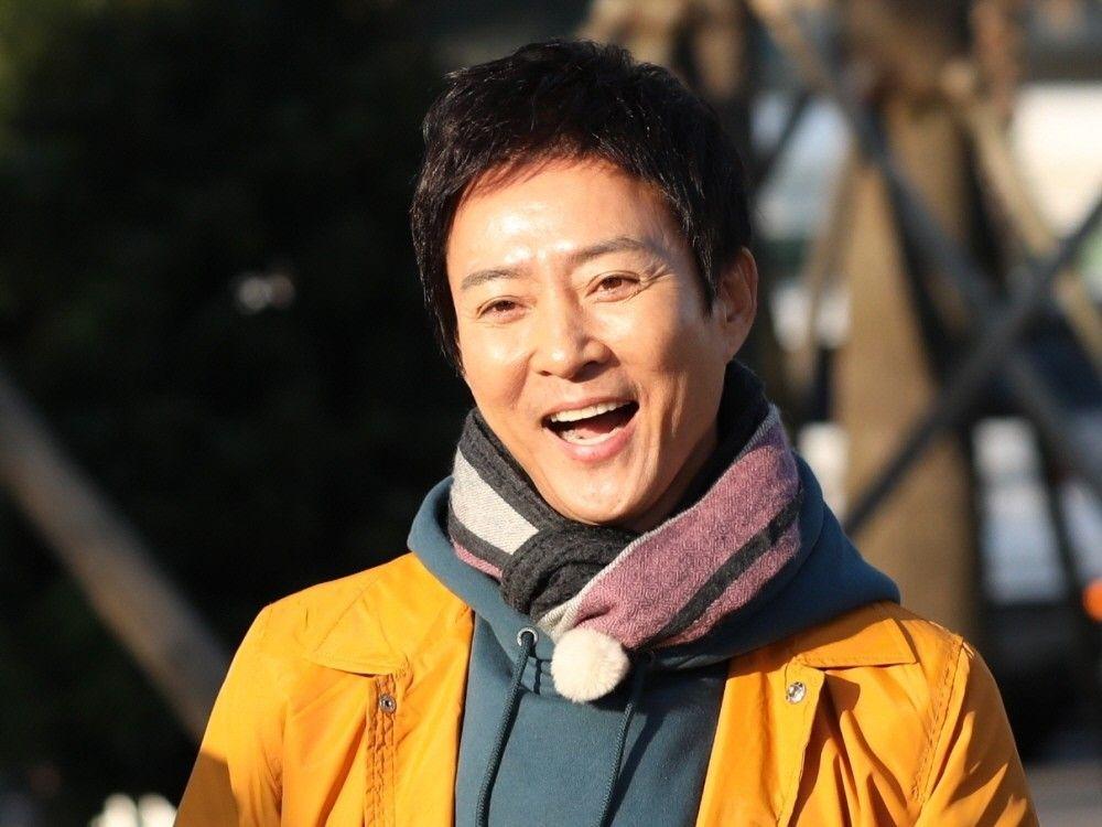 """'친한 예능' PD """"최수종, 열정적…낙엽에 숨는 건 상상도 못했다"""" _이미지"""