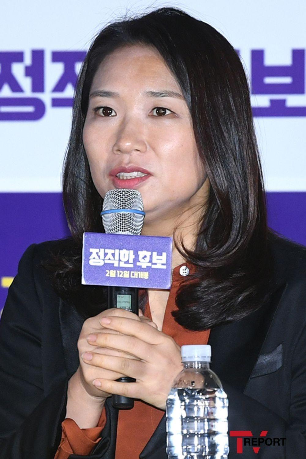 """'정직한 후보' 감독 """"브라질 원작은 男대선후보..성별 바뀌었다"""""""