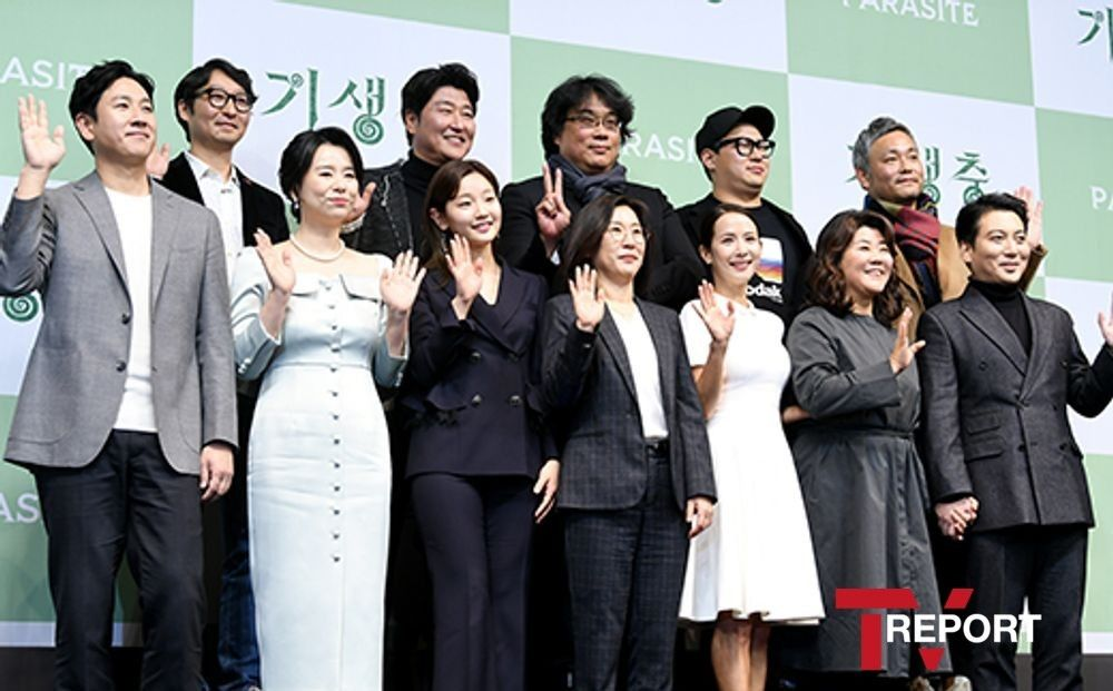 '기생충' 봉준호x배우들 오늘(20일) 청와대서 문재인과 오찬