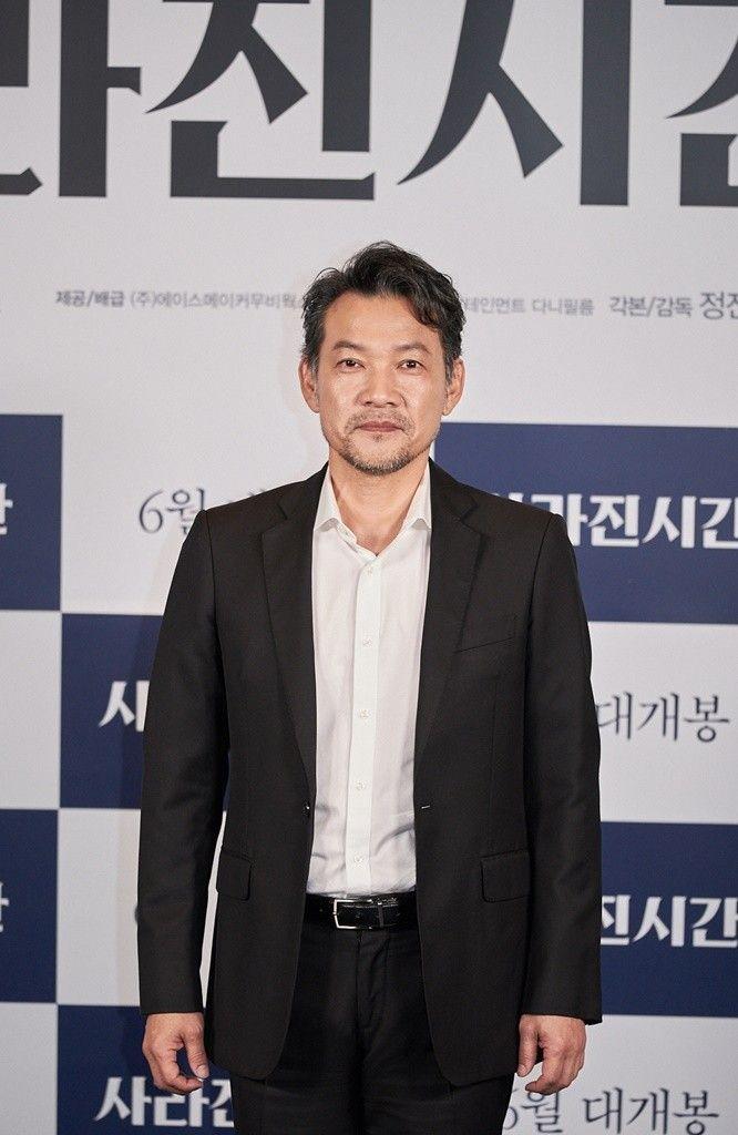 """'사라진 시간' 정진영 """"17살 영화 감독 꿈 57살에 이뤄...떨리고 긴장"""" 소감_이미지"""