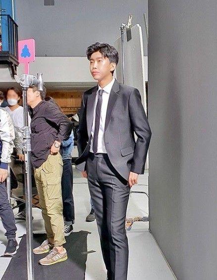 임영웅, 반전의 모델 포스→런웨이 준비 끝