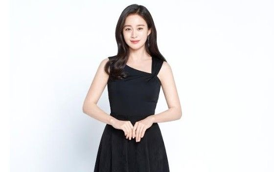 """김태희, 스토리제이컴퍼니와 재계약 """"의리"""""""