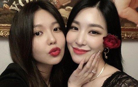 """소녀시대 수영X티파니, 여신들의 우정샷 """"내 사람, 늘 응원해!"""""""