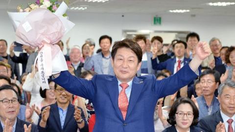 """""""박근혜 탄핵에도 대구가 또…"""" 비난에 권영진이 밝힌 생각"""
