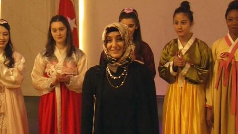 한복 매력에 '흠뻑'…터키인 디자이너 에스마 씨